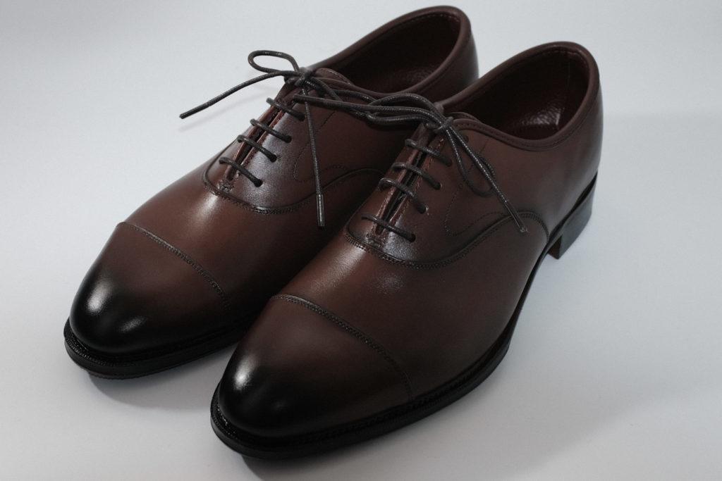 nano・universe(ナノ・ユニバース)『Straight Chip Dress Shoes』は梅雨時のビジネスシーンにおすすめなレインシューズ [レビュー]