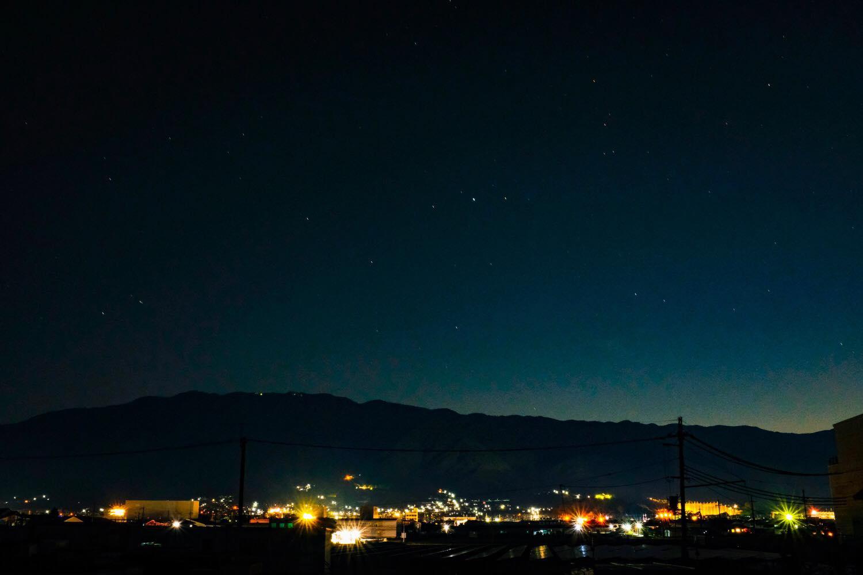 X100Fで撮影した奈良県御所市の夜景