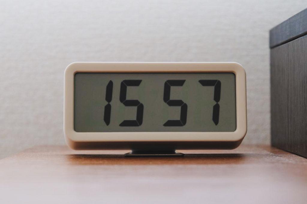 無印良品のデジタル時計(小)